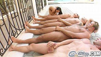 Траха клипы gemma masseys checkout scene пересматривать онлайн на 1порно